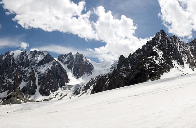 Альпинисты из Томска погибли в алтайских горах