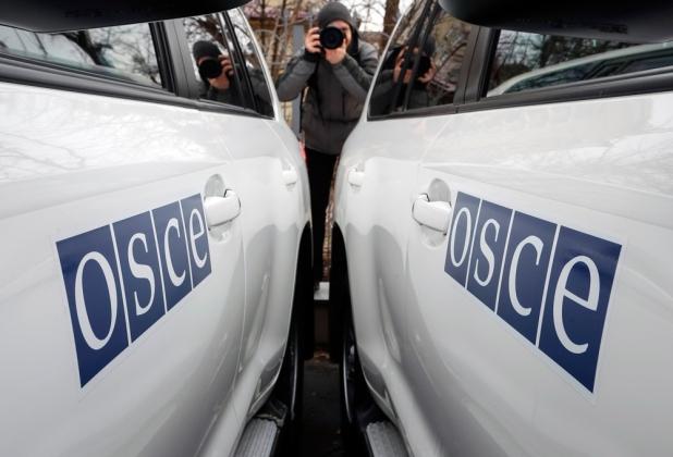 Молодежь ЛНР передала сотрудникам ОБСЕ данные по обстрелам ВСУ