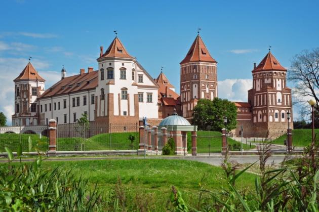 Кризис тормозит строительство новоделов «белорусских магнатов»