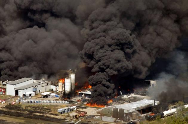 На химическом предприятии в Техасе произошёл пожар