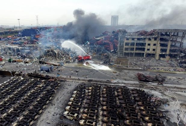Из районов, пострадавших от взрывов в Тяньцзине, эвакуируют жителей