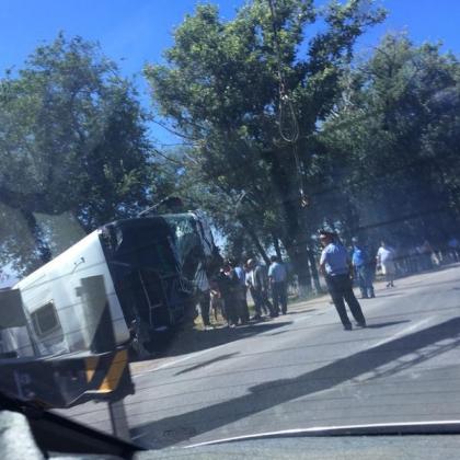 15 человек пострадали в Казахстане в ДТП с участием пассажирского автобуса