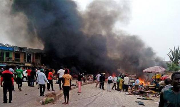 Нигерия взрыв на рынке.