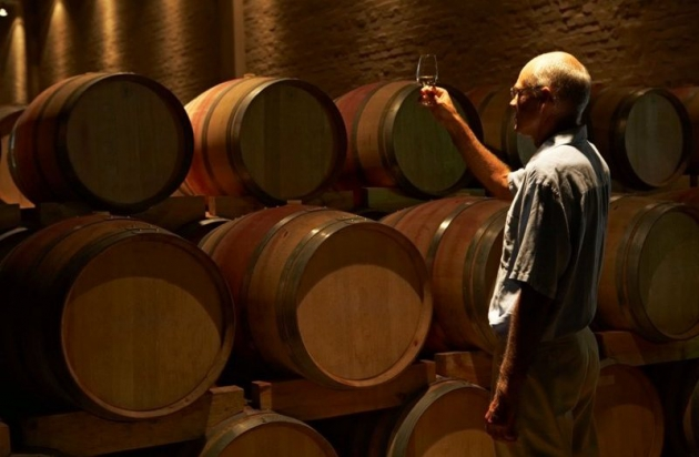 Роспотребнадзор нашел в американских винах опасные вещества