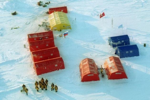 Дрейфующая станция «Северный полюс — 2015».