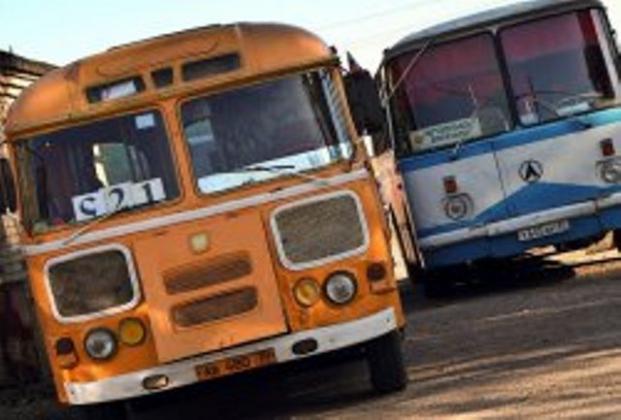 Автотранспортники Ахтубинска просят вернуть заработанные деньги