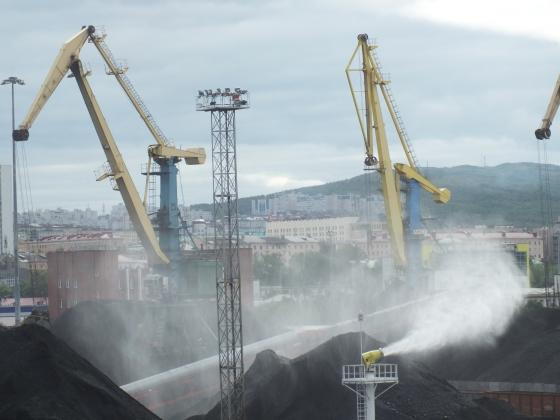 В Мурманском морском торговом порту заработала система пылеподавления
