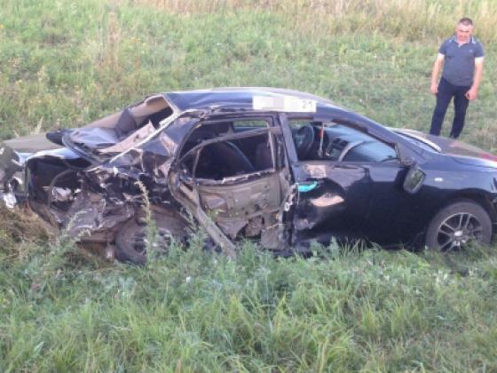 В Чувашии в аварии погибли три человека, ещё двое ранены