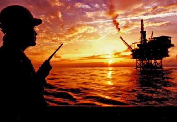 Добыча нефти в Чёрном море.