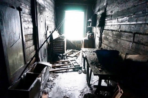 Погорельцам и жителям аварийных домов в Якутске некуда идти