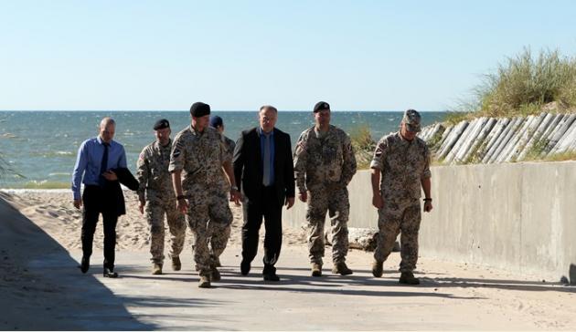 Литва начала подготовку военных с Украины для боёв в городах