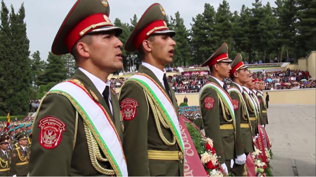 Парад победы в Таджикистане (2015).