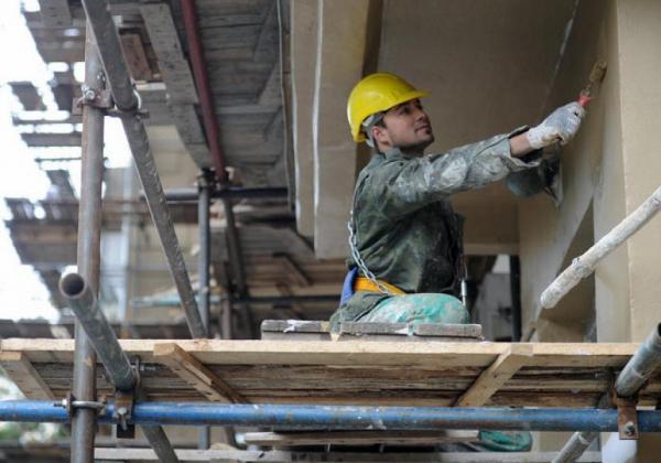 Жители Алтайского края копят долги по программе капремонта