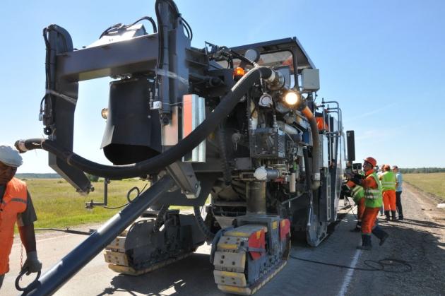 В Алтайском крае освоили новый метод ремонта дорог