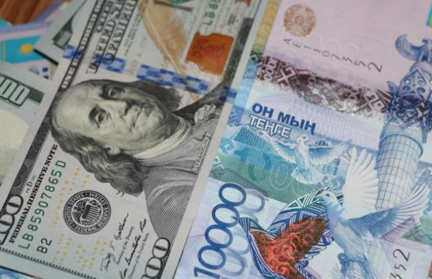 Почему Казахстан решился на девальвацию?