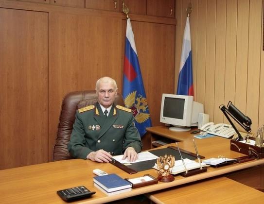 Генерал-майор полиции Борис Смирнов— Начальник Управления Федеральной службы РФ по контролю за оборотом наркотиков по Калужской области.