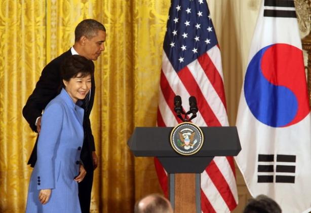 Южная Корея и США обсуждают переброску бомбардировщиков B-52