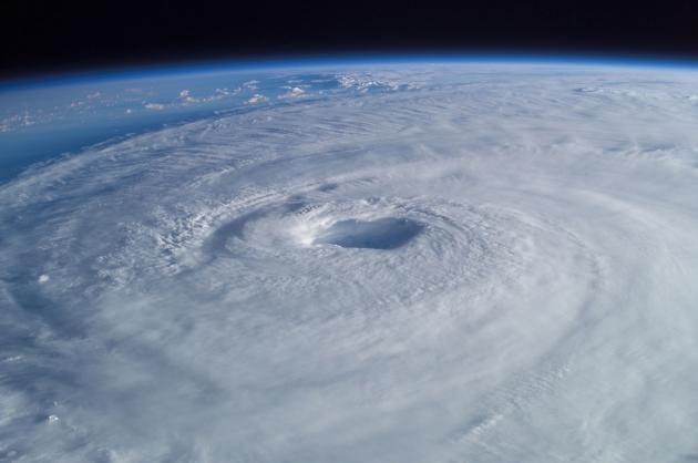 Фотография урагана «Изабель» с МКС.