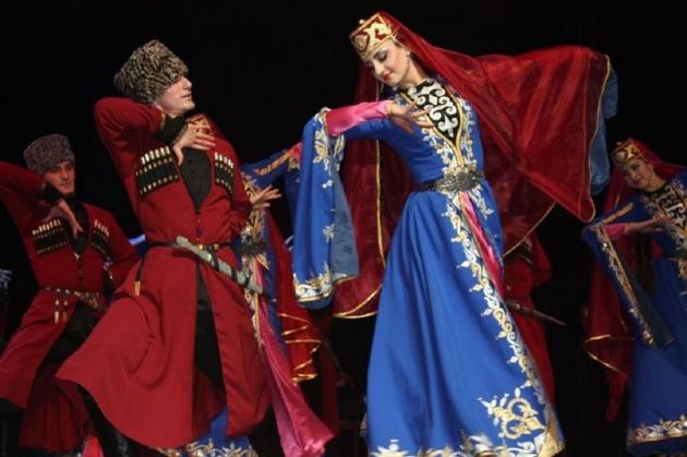 Осетинские танцоры выступили на фестивале в Каннах