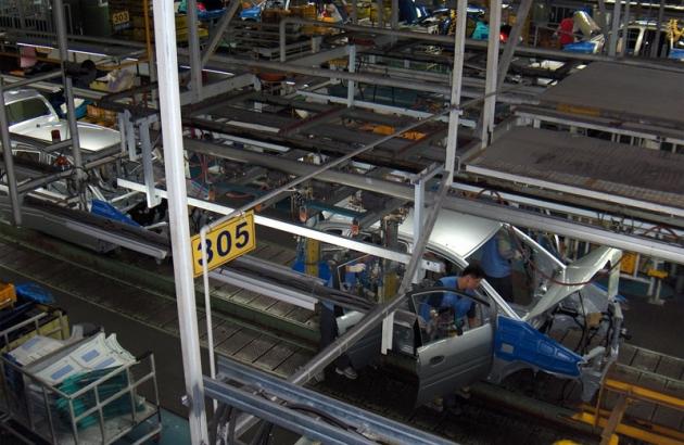 Hyundai начал производить в Петербурге машины для Египта и Ливана