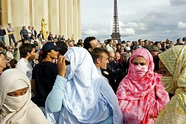 Переселение народов 2.0: кто выиграет от наплыва мигрантов в Евросоюз?