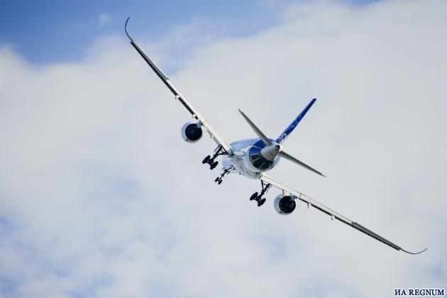 Новейший Airbus A-350 совершил свой первый полёт на МАКС-2015