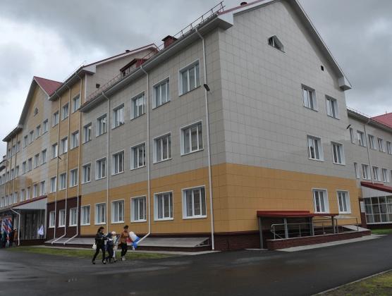 Новая школа и «спортивный» скандал – Омская область 26 августа