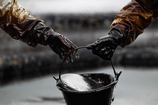 Цены на «черное золото» перевалили за $44