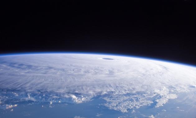 Тайфун «Гони» заблокировал граждан КНР в Хабаровске