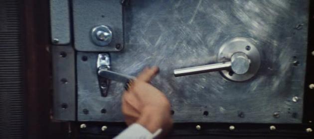 Цитата из к/ф «Бриллиантовая рука». Реж. Л. Гайдай. 1968 год