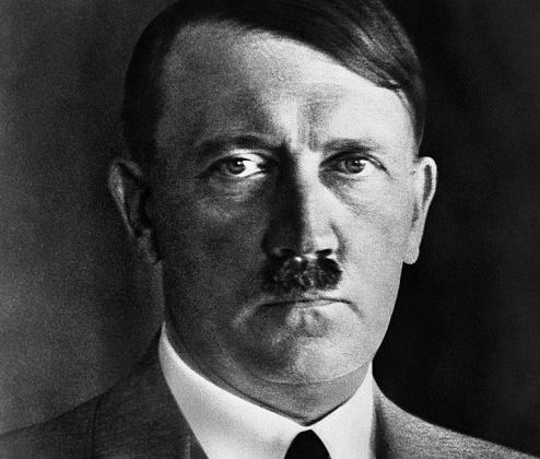 Адольф Гитлер— военный преступник, организатор геноцида, вождь нацистов и коллаборационистов, гуру эстонских неонацистов и ревизионистов