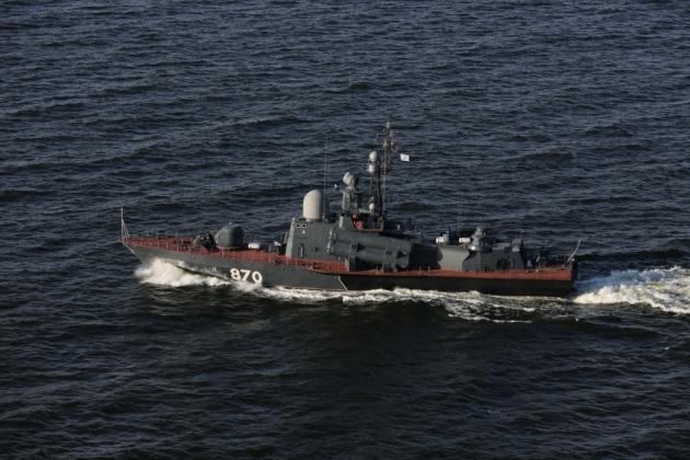На Балтике катера ВМФ РФ разбили отряд боевых кораблей условного противника