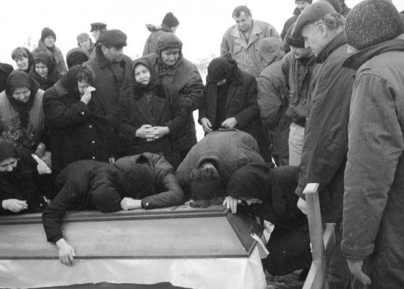 Сараево обвинило боснийского командира в военных преступлениях в Сребренице
