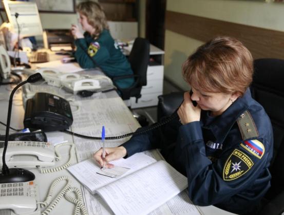 Правоохранительные органы принимают звонки граждан.