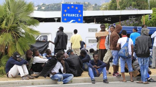 Мигранты Франции.