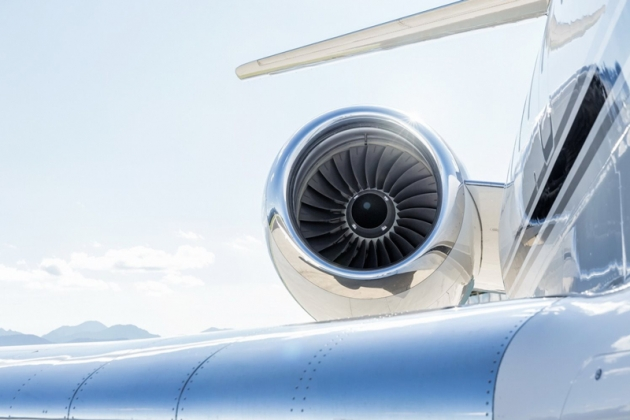 Двигатель самолета.