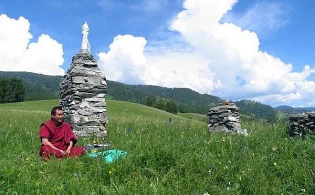 Буддийский субурган на Алтае. Фото: vk.com/public65760886