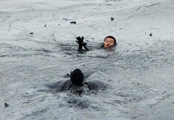 Мир нефти в эпоху низких цен. Иллюстрация: emfotojornalismo.blogspot.com