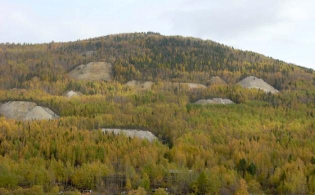 Заброшенные слюдяные шахты на севере Иркутской области. Фото: Vasilii Amp, panoramio.com