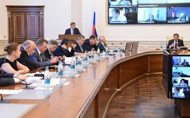Совещание в правительстве Новосибирской области. Фото: nso.ru