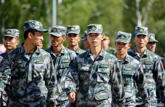 Армия Китая.