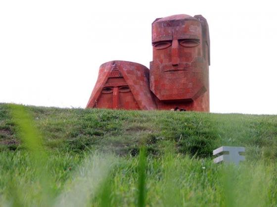 Нагорный Карабах отмечает День независимости