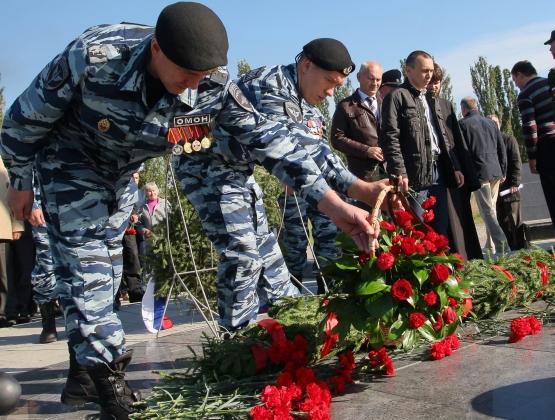 В Омской области почтили память жертв террористических актов. Фото: omskportal.ru