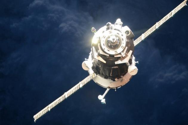 «Союз ТМА-18М» успешно пристыковался к МКС