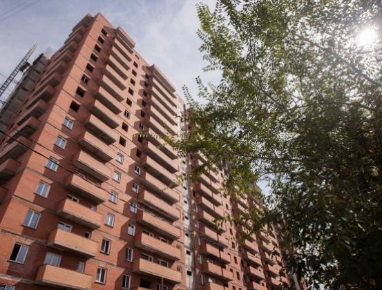 Власти Новосибирска решили бороться с «точечной застройкой» и небоскребами