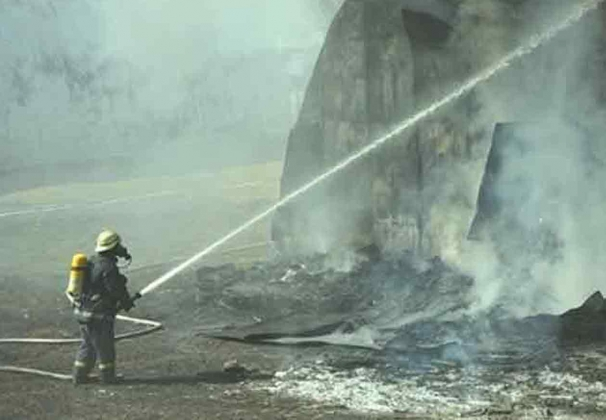Крупный пожар на складе на севере Москвы потушен