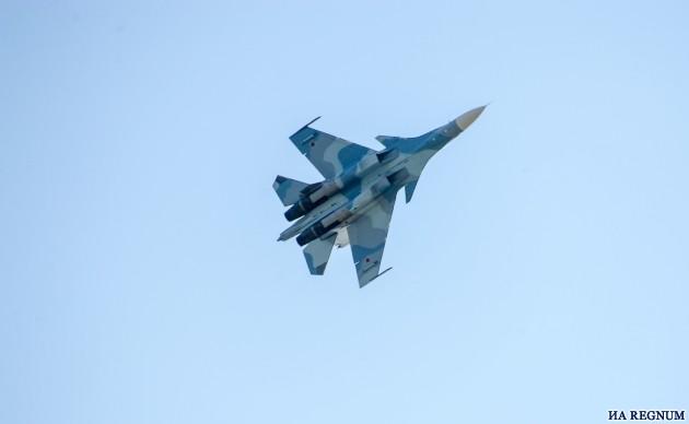 Истребители Су-30СМ выполнили бомбометание на учениях в Крыму