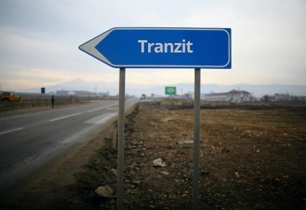 Эксперты: Россия обеспечивает транзит через Белоруссию и Прибалтику
