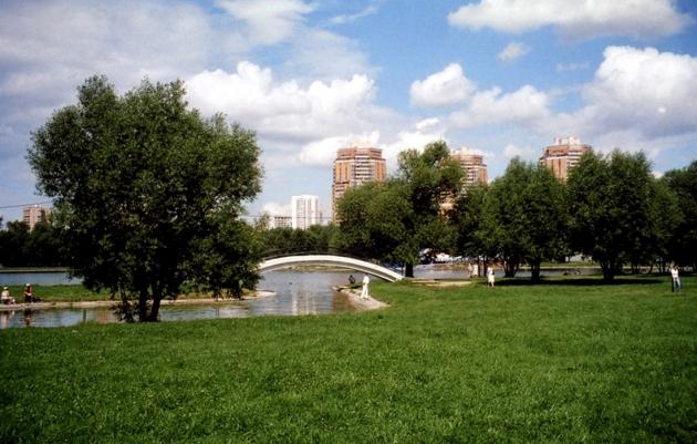 Жители севера Москвы не могут добиться ответа о судьбе парка Дружбы