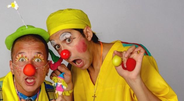 Два клоуна. Иллюстрация: medclown.ru